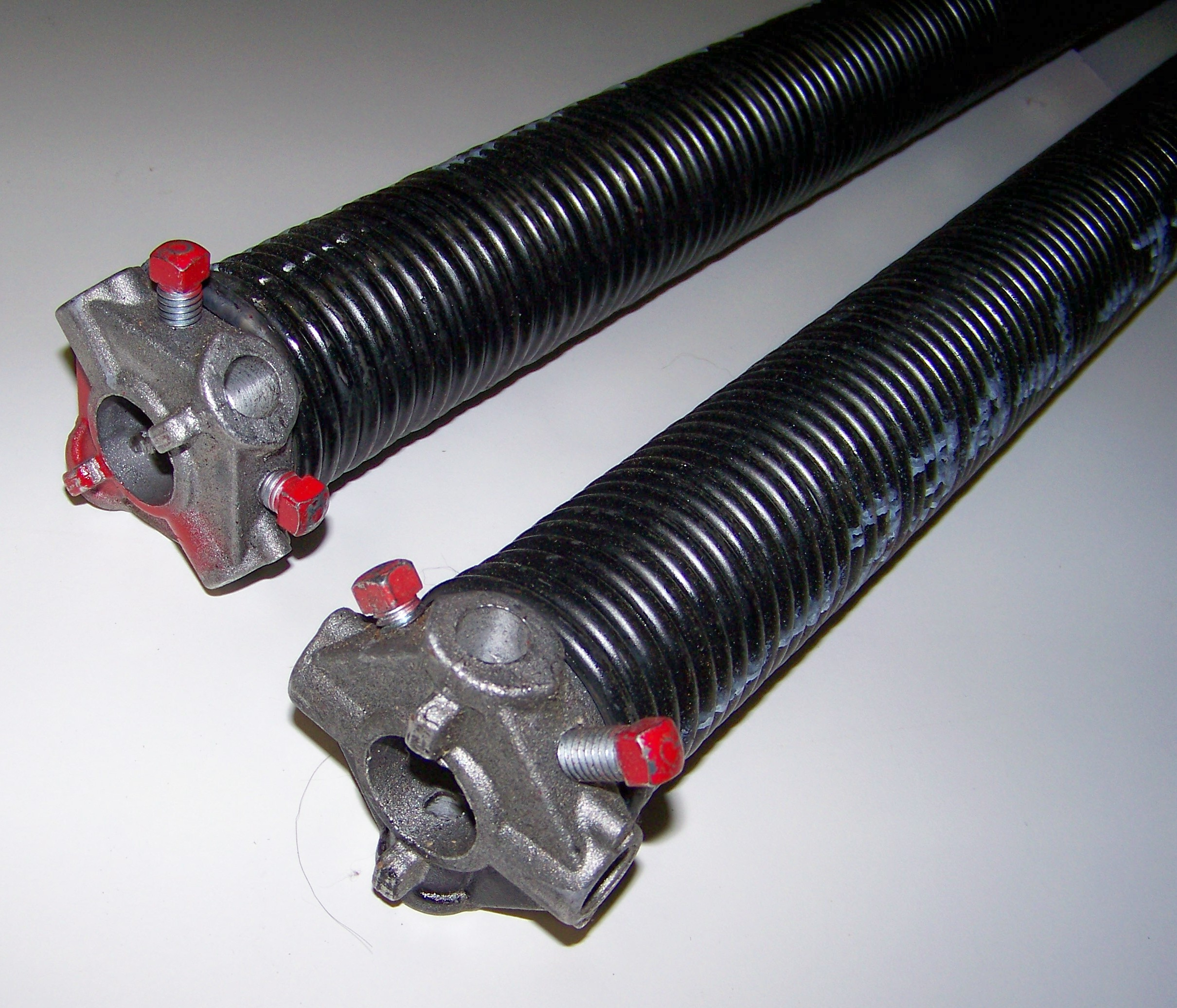 Overhead garage door torsion springs